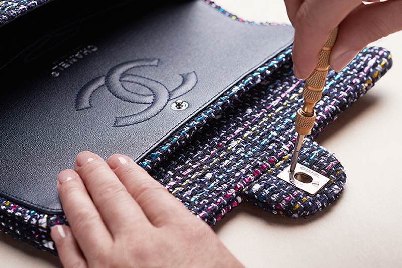 chanel-making-of-the-iconic-handbag-tweed_1